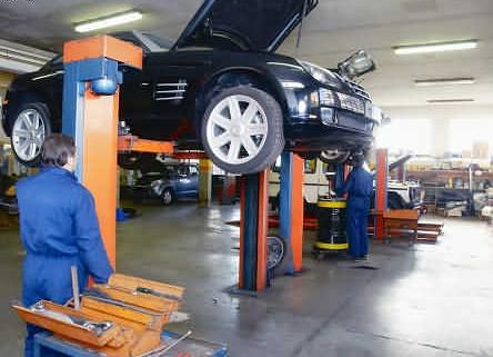 car repairing servicing